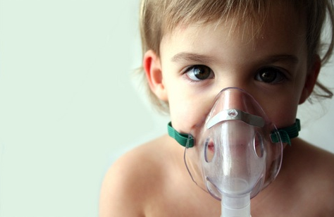 Child with Asthma from mold allergy